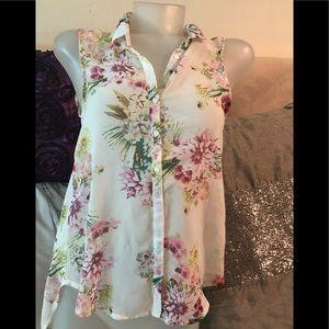 H&M's flower sleeveless top